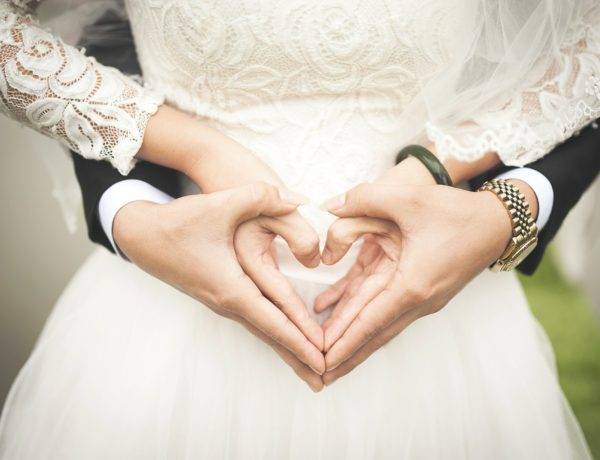 """Love Marriage: Why is it not a Myth? How to Find Your """"Mr. Big""""?"""